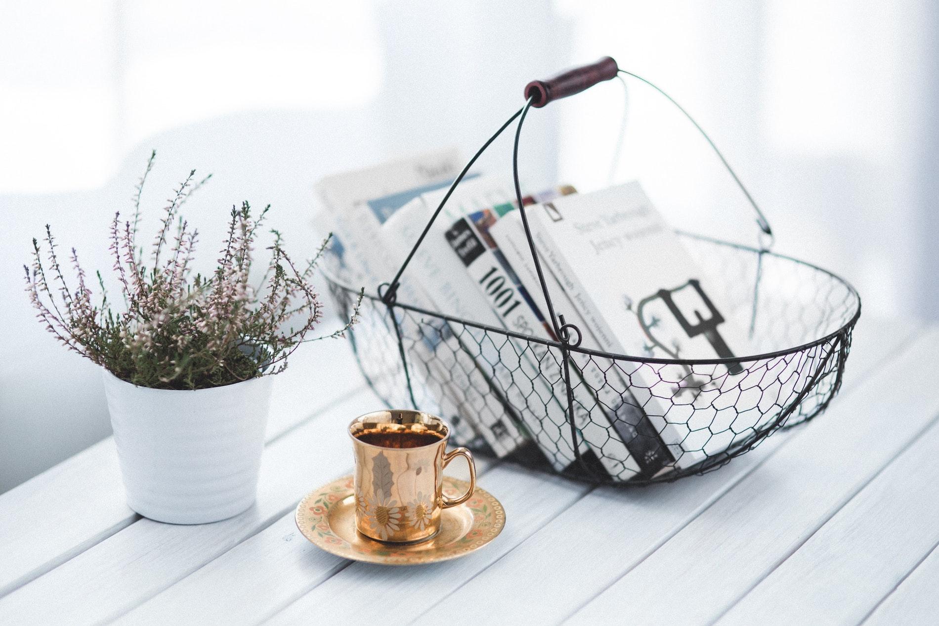 coffee table böcker - en omslagsbild till designinredning